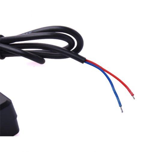 GSM GPS Personal Tracker 12v 24v Hard Power Supply - Black